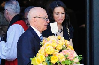 Memorial | Rupert with wife. (Image | The Sun)