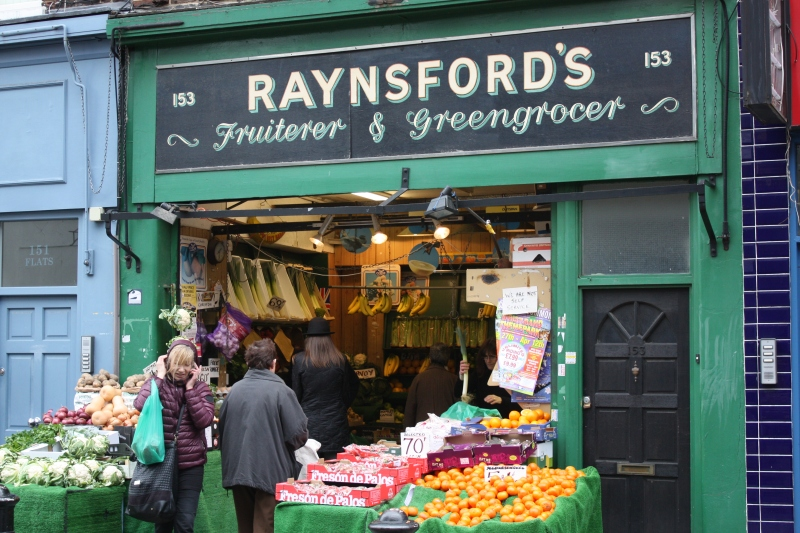 Raynsford's the grocer on Battersea High Street. (Image | Chris King)